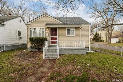 Hazel Park Single Family Home For Sale: 20747 Caledonia Ave
