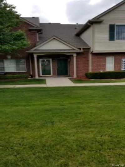 Utica Condo/Townhouse For Sale: 45524 Hidden View Crt