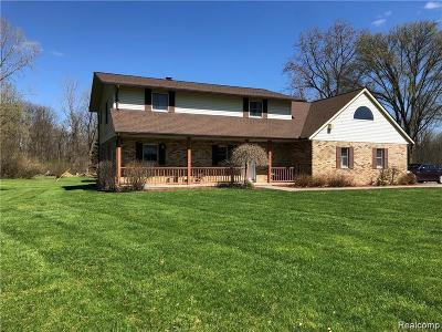 Shelby Twp Single Family Home For Sale: 50964 Dequindre Rd