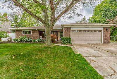 Dearborn Single Family Home For Sale: 755 Kinloch St