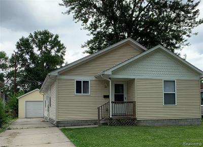Hazel Park Single Family Home For Sale: 341 E Evelyn Ave