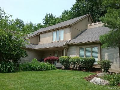 West Bloomfield Single Family Home For Sale: 5300 Cedar Grove Crt
