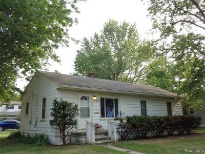 Wayne Single Family Home For Sale: 35013 Stellwagen St