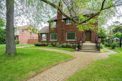 Grosse Pointe Park Single Family Home For Sale: 1430 Devonshire Rd