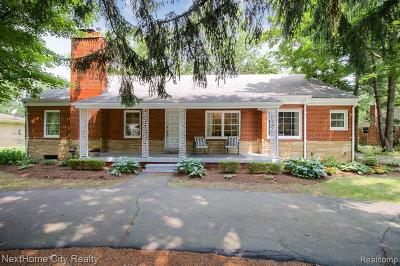 Bloomfield Hills Single Family Home For Sale: 394 Eileen Dr