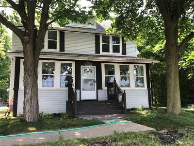 West Bloomfield Single Family Home For Sale: 4740 Orchard Lake Rd