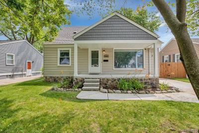 Royal Oak Single Family Home For Sale: 4608 Sedgemoor Ave