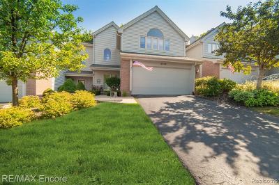 Clarkston Condo/Townhouse For Sale: 4996 Timberway Trl