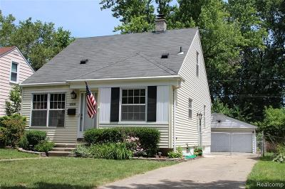 Clawson Single Family Home For Sale: 1510 Oakley Rd