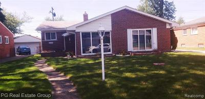 Livonia Single Family Home For Sale: 14337 Lyons St