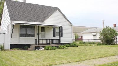 Hazel Park Single Family Home For Sale: 23037 Crossley Ave