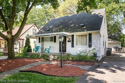 Royal Oak Single Family Home For Sale: 3417 Woodland Ave