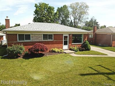 Livonia Single Family Home For Sale: 35724 Joy Rd