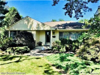 Birmingham Single Family Home For Sale: 1020 Pleasant St