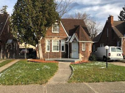 Detroit Single Family Home For Sale: 18652 Robson St