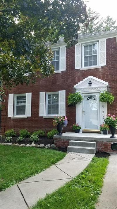 Detroit Single Family Home For Sale: 20221 Picadilly Rd