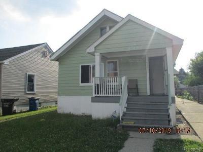 Detroit Single Family Home For Sale: 6515 Plainview Ave