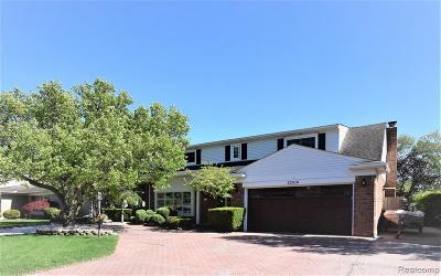 Saint Clair Shores Single Family Home For Sale: 22518 Lavon St