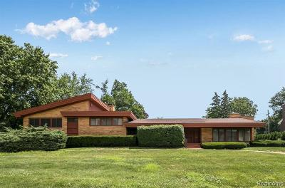 Bloomfield Hills Single Family Home For Sale: 1060 Ardmoor Dr
