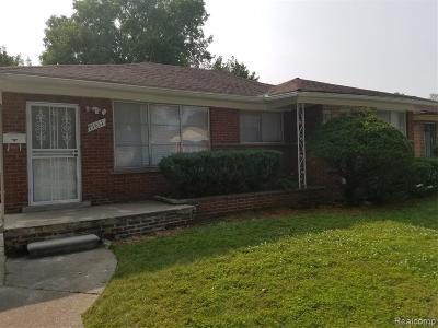 Oak Park Single Family Home For Sale: 21611 Ridgedale St