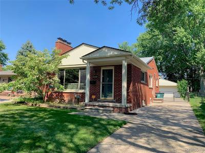 Royal Oak Single Family Home For Sale: 3132 Glenview Ave