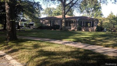 Troy Single Family Home For Sale: 4256 Cherywood Dr