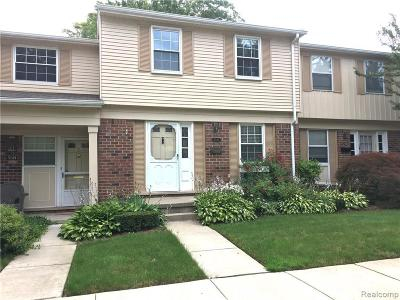 Troy Condo/Townhouse For Sale: 5747 Northfield Pkwy