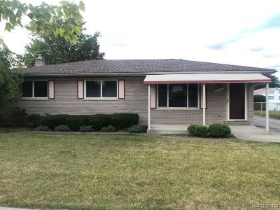 Woodhaven Single Family Home For Sale: 22346 S Fairway Dr