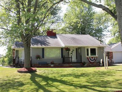 East China Single Family Home For Sale: 1737 Belle River Rd