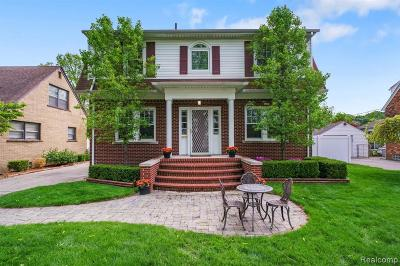 Royal Oak Single Family Home For Sale: 1318 Sunset Blvd