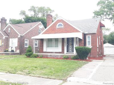Detroit Single Family Home For Sale: 16590 Oakfield St