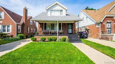Detroit Single Family Home For Sale: 5783 Newport St