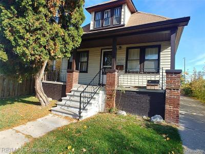 Detroit Multi Family Home For Sale: 6890 Ashton Ave