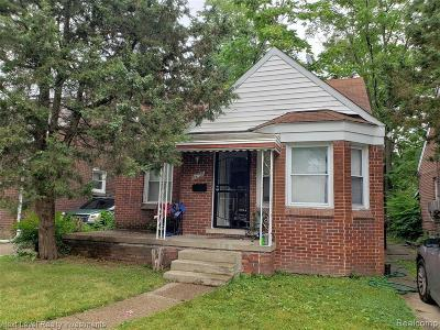 Detroit Single Family Home For Sale: 16758 Murray Hill St