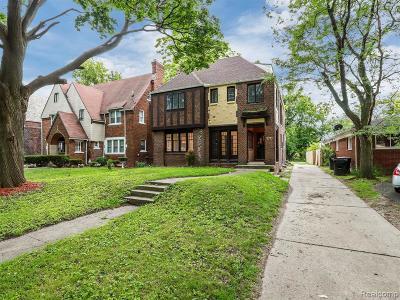 Detroit Single Family Home For Sale: 2545 W Boston