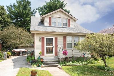 Utica Single Family Home For Sale: 45236 Deshon St