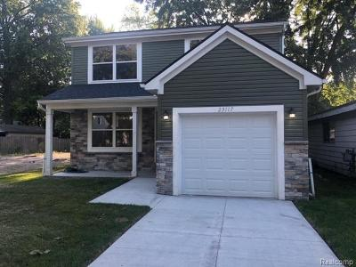 Hazel Park Single Family Home For Sale: 23117 Davey Ave