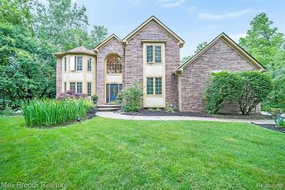 Franklin Single Family Home For Sale: 30550 Helmandale Dr