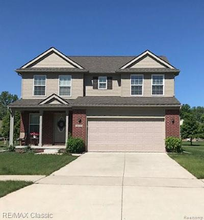 Westland Single Family Home For Sale: 39227 Huron Pkwy