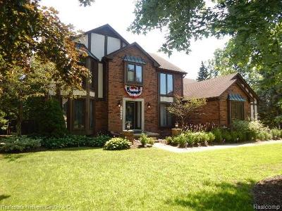 Shelby Twp Single Family Home For Sale: 13626 Towering Oaks Dr