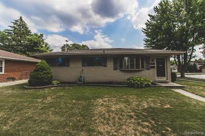 Sterling Heights Single Family Home For Sale: 8816 Headley Dr