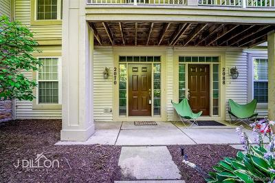 Canton Condo/Townhouse For Sale: 2070 Arcadia Dr