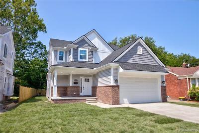 Oak Park Single Family Home For Sale: 14021 Sherwood St
