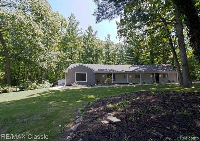 Franklin Single Family Home For Sale: 27375 Wellington Rd