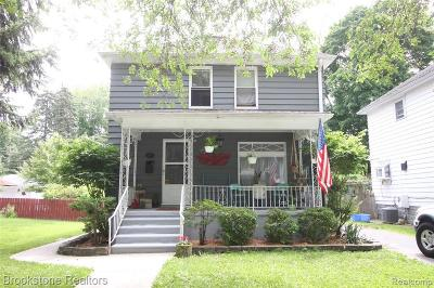 Mount Clemens Single Family Home For Sale: 37 Lodewyck St