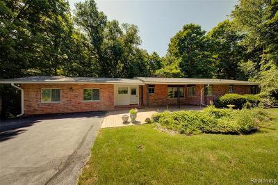 Canton Single Family Home For Sale: 3950 Napier Rd