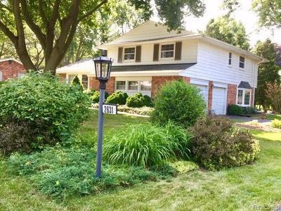 Troy Single Family Home For Sale: 2631 Avonhurst Dr