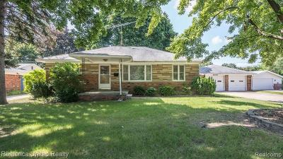 Plymouth Single Family Home For Sale: 42475 Postiff Ave