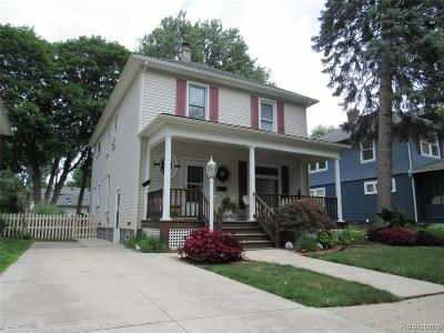 Mount Clemens Single Family Home For Sale: 88 Gallup St