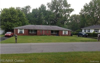 Shelby Twp Multi Family Home For Sale: 8510 Mary Ann Ave